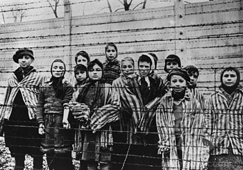 thesis statement for auschwitz concentration camp